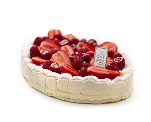 Pavlova Meringue avec crème vanille, aux fraises et aux framboises d'Arnaud Delmontel