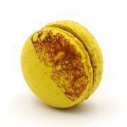 Macaron Caramel Fruit de la Passion